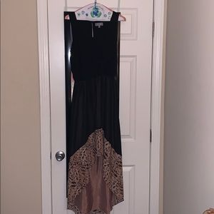 Dresses & Skirts - Long black maxi dress